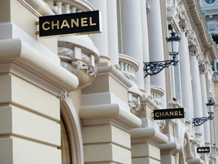 Chanel compra Colomer